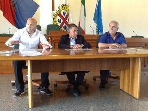 Domusnovas: conferenza stampa di tre sindaci contro Abbanoa.