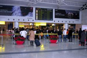 Aeroporto di Elmas - Partenze.