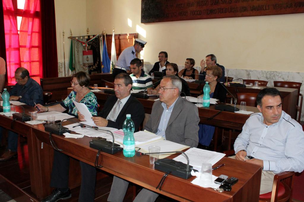 Il Consiglio comunale di Carbonia si riunisce martedì 9 luglio, alle 17.30.