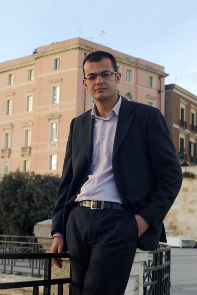 Enrico Lobina.