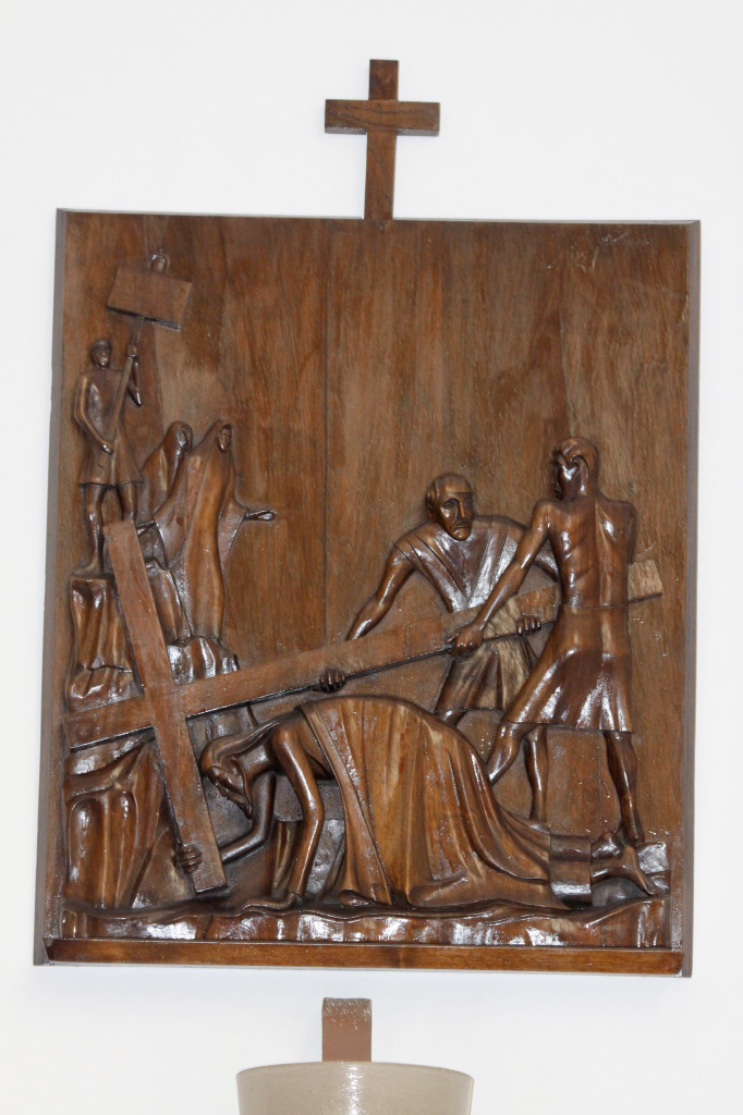 """Il ministero per i Beni e le attività culturali ha dichiarato la """"Via Crucis"""" di Eugenio Tavolara e Pasquale Tilocca opera di interesse culturale."""