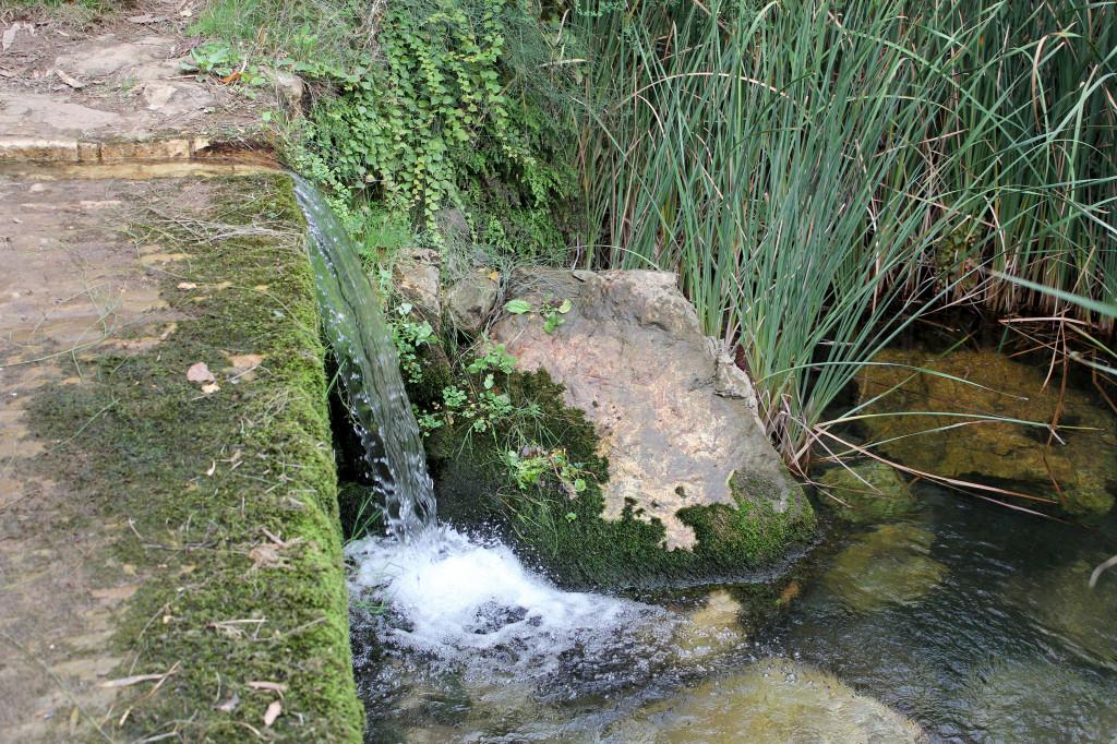 Riparte la battaglia di alcune comunità locali contro Abbanoa, gestore unico del sistema idrico integrato.