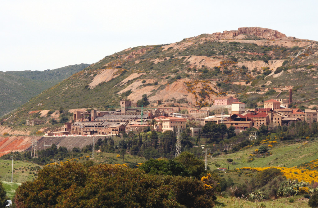 """La Camera ha approvato l'emendamento dell'on. Francesco Sanna (divenuto art. 41 del """"Decreto del fare"""") che agevola il ripristino delle aree minerarie."""