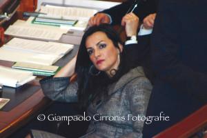 Francesca Barracciu entra nel Governo Renzi con la delega di sottosegretario alla Cultura.
