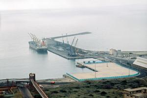 Appello della Guardia Costiera di Portoscuso per limitare le infrazioni nella viabilità dell'area portuale di Portovesme.