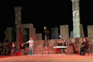 """Si avvia alla chiusura la quinta edizione del NurArcheoFestival """"Intrecci nei teatri di pietra"""" 2013. Ultimi tre spettacoli da venerdì 13 a domenica 15 settembre."""