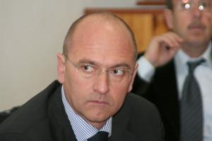 Stamane l'Agenzia delle Dogane ha assunto l'impegno ad accelerare l'iter con la comunicazione all'Europa, previo urgente invio del piano operativo, per l'operatività della zona franca di Cagliari recentemente delimitata.