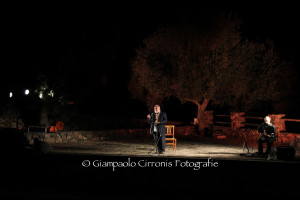 "Ieri sera Gianluca Medas ha raccontato ""Canne al vento"" al Parco San Leonardo di Perdaxius."