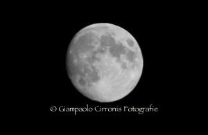 La luna del 17 settembre 2013.