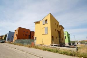 L'assessore ai Lavori pubblici, Angela Nonnis, ha fornito alcuni chiarimenti riguardo al Fondo sociale per la concessione di contributi agli assegnatari di alloggi di edilizia residenziale (ERP).