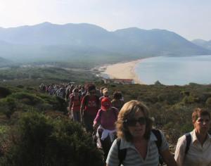 Grande partecipazione all'escursione da Portixeddu a Scivu, lungo il Cammino Minerario di Santa Barbara, svoltasi domenica 20 ottobre 2013.