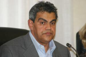 Il consigliere Gianni Melis ha presentato ricorso sulla situazione di presunta incompatibilità di un assessore del comune di Narcao.