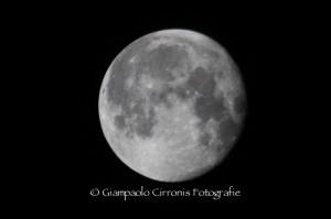 La luna del 21 ottobre 2013.