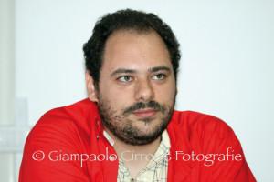 Luca Pizzuto, da assessore alle Politiche sociali della Provincia di Carbonia Iglesias, alla segreteria regionale di Sinistra Ecologia Libertà.