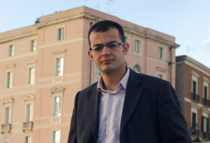 Enrico Lobina (Federazione della Sinistra – Rossomori): «Gli appalti e i lavoratori: facciamo rispettare le regole».