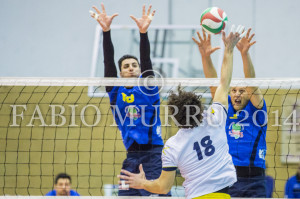 Sconfitta casalinga questo pomeriggio per la VBA/Olimpia nel campionato di B1 di volley, 1 a 3 con il Tuscania dell'ex azzurro Paolo Tofoli.