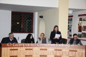 Elvira Usai sui banchi dell'opposizione.