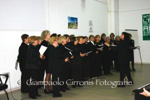"""L'Associazione Culturale S'Ischiglia presenta giovedì a Carbonia la conferenza-concerto  """"La musica corale – Dal canto gregoriano alla polifonia""""."""