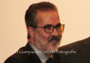 Emilio Usula: «Si restituisca piena efficienza a tutti gli strumenti della Regione, a cominciare dall'Istituto Zooprofilattico».