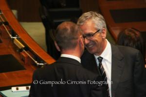 Ugo Cappellacci (Forza Italia): «Non saremo un'opposizione con la bava alla bocca».