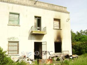 Con l'incendio di sabato 10 maggio, è andato distrutto uno straordinario patrimonio dell'archivio storico della vecchia centrale termoelettrica di Santa Caterina.