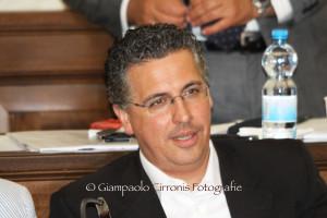 Il comitato promotore del referendum sull'insularità ha centrato l'obiettivo delle 15.000 firme (sono già 18.000).