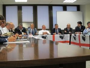 L'opposizione di centrodestra: «Domani, dopo la replica del governatore, ci regoleremo di conseguenza».
