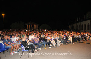 Questa sera alla Cantina Santadi l'ultima tappa del Carignano Music Experience 2015, con il concerto di Matthew Lee.