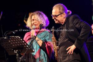 """Splendido concerto di Rossana Casale e della sua band, ieri sera, a Tratalias, nell'ambito del """"#Carignano Music Experience 2014""""."""