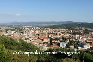 """Il comune di Iglesias, attraverso l'Informagiovani – Eurodesk e grazie al supporto della Regione Autonoma della Sardegna, promuove il concorso fotografico """"Racconta la tua Iglesias""""."""