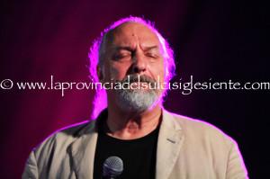Grande festa ieri sera, a Terralba, alla #Sagra delle Nieddittas, conclusa da un grande concerto di Eugenio Finardi.