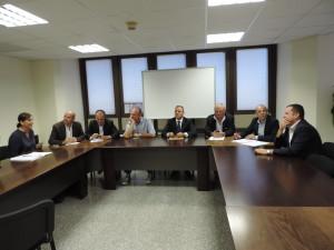 Le opposizioni criticano l'assestamento al Bilancio: «La Giunta Pigliaru fa macelleria sociale».