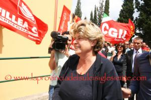 Domani sera Susanna Camusso, segretario nazionale della #CGIL, incontrerà i lavoratori #Alcoa nel presidio allestito nello stabilimento di Portovesme.