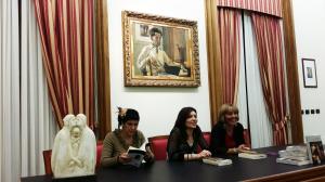 """Si è svolta questa sera, a Iglesias, la presentazione del libro """"L'alba e il tramonto"""", di Petula Farina."""