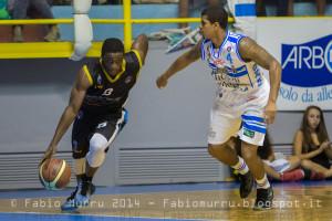 Dinamo Banco di Sardegna SS Vs Orlandina Basket Capo D'Orlando Al 4° City Of Cagliari Nella foto con la palla in mano J.Flynn contrastato da Edgar Sosa :D.