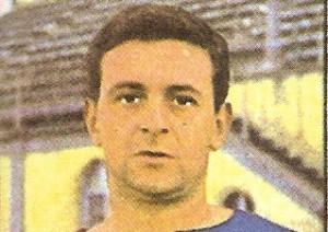 Addio a Renzo Cappellaro, centravanti del Cagliari e tecnico del Carbonia per due stagioni, in serie D e C2, nei primi anni '80.
