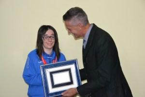 Il comune di Calasetta ha premiato Sara Mercenaro per i successi agli Special Olympics European Summer Games di Anversa.