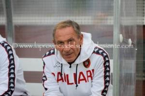 Cagliari-Zeman, ora è proprio finita. E la retrocessione è ormai dietro l'angolo.