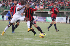 Victor Ibarbo ritorna al Cagliari, lo ha annunciato la società rossoblu nel suo sito internet.