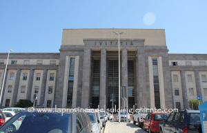 La Corte d'Appello del tribunale di Cagliari ha ammesso 16 liste sulle 17 presentate tra domenica e lunedì. E' stata esclusa la Lista del Popolo.