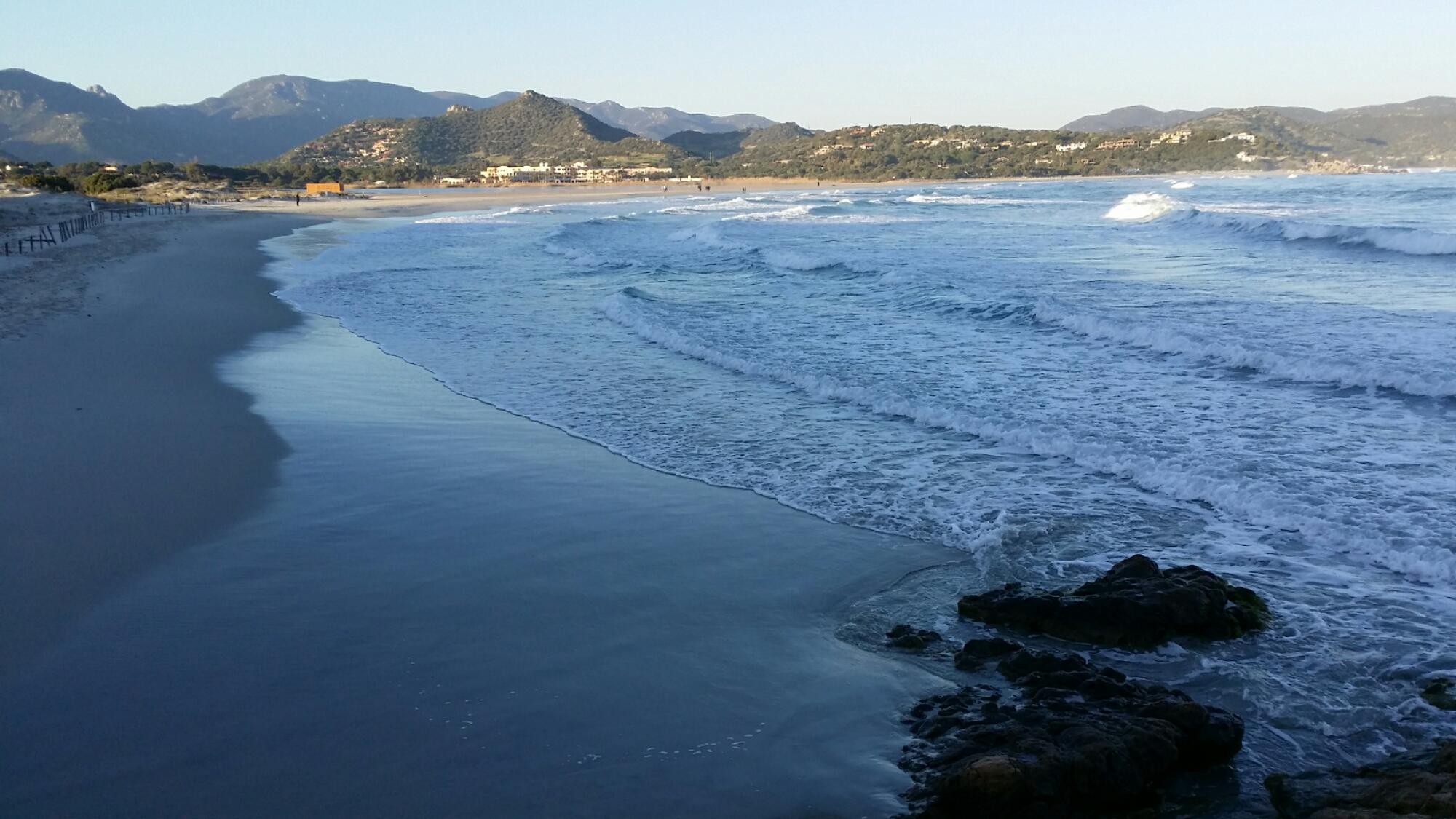 Ieri la neve, oggi splende il sole: questa è la Sardegna.