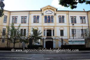 """Giovedì 27 giugno, presso l'Aula Magna dell'Istituto Minerario """"Asproni"""" di Iglesias, si terrà un corso di aggiornamento per giornalisti su temi ambientali."""