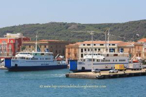 Traghetti Arbatax e La Maddalena copia