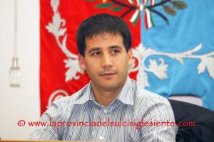 Dopo l'esplosione dell'inchiesta giudiziaria che ha portato al suo arresto, Federico Palmas si è dimesso da sindaco di San Giovanni Suergiu.