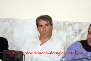 Massimo Usai si è autosospeso dal gruppo PD del Consiglio comunale di Carbonia.