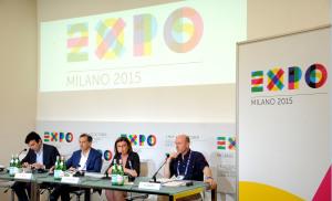 """Expo Milano 2015 festeggia la pizza con la """"Margherita"""" più lunga del mondo."""
