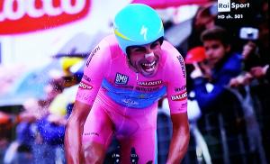 Mozione trasversale in Consiglio regionale per portare tre tappe del Giro d'Italia in Sardegna.