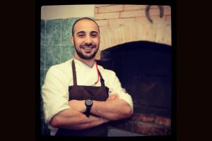 """Gli chef sardi Gianfranco Pulina e Sandro Cubeddu sabato apriranno la """"Tuna Competition"""", la gara gastronomica internazionale fulcro del """"Girotonno""""."""