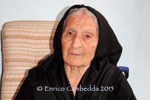 Cresce la pattuglia dei centenari di Teulada. Con Lica Mocci, che oggi ha compiuto 100 anni, sono quattro.