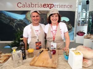 """Oggi la Regione Calabria ha celebrato le iniziative che, sino al 2 luglio, animeranno lo spazio espositivo sulle tematiche """"Calabria Handmade, dal sapere al fare""""."""